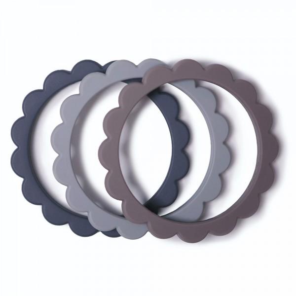 Mushie Beißarmbänder Blume 3er Set blau/grau/anthrazit