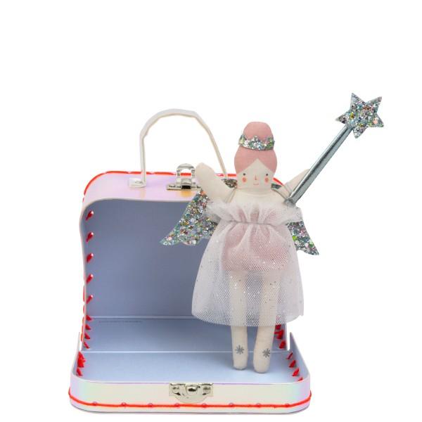 Meri Meri Puppe Evie Engelchen mit Koffer